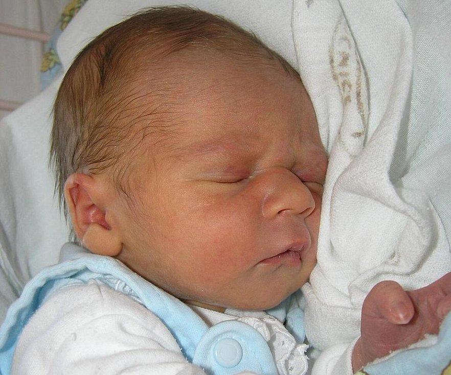 Mamince Lucii Jánské z Kunratic u Cvikova se 16. června v 11:09 hodin narodil syn Miloš Klodner. Měřil 50 cm a vážil 3,13 kg.