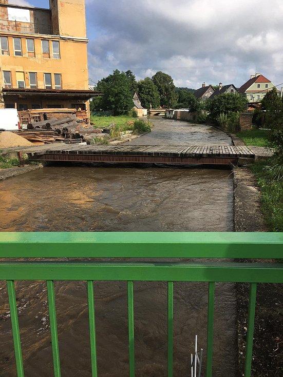 Povodně zasáhly o víkendu i Zákupy.