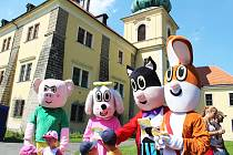 Pohádkový les bavil děti u zámku v Doksech.