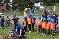Už třicet šest let vychovávají v Horní Libchavě své následovníky. Dokonce jako první v regionu založili družstvo dětí do šesti let.