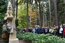 V úterý 27. října v 10 hodin se na Lesním hřbitově v novém Boru uskutečnilo slavnostní odhalení pomníku Rumburské vzpoury.