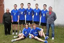 Volejbaloví starší žáci Loko se po pěti letech vrátili mezi republikovou elitu.