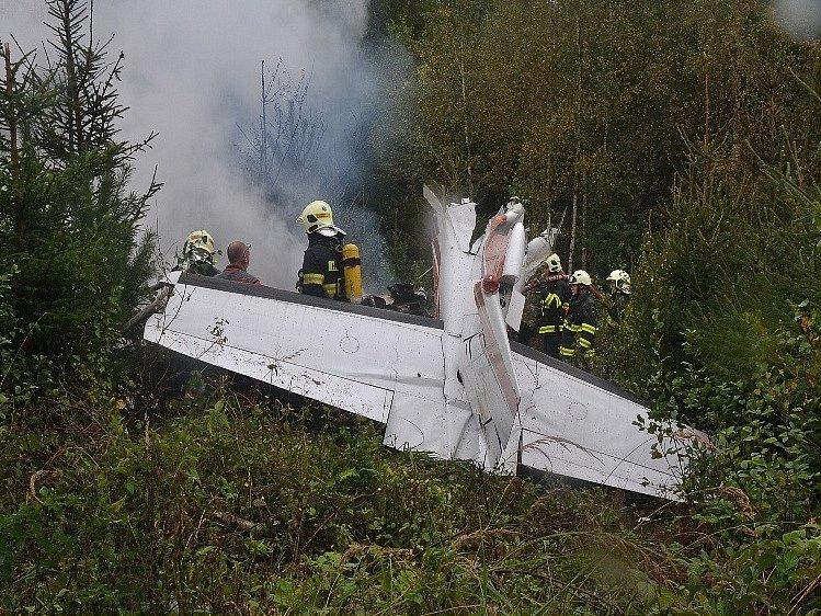 Poblíž Stráže pod Ralskem havarovalo malé letadlo typu Cessna.