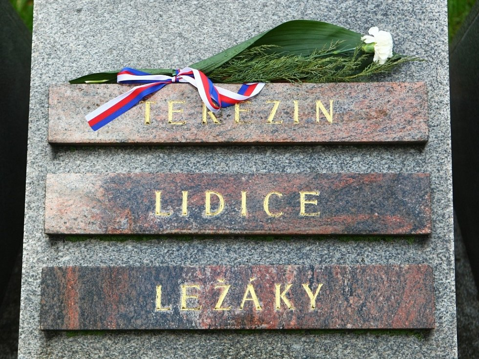 Pietní akt v pondělí připomněl činy i oběti všech těch, kteří bojovali ve válkách za svobodu země.