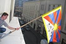 Tibetská vlajka se 10. března objeví na radnicích všech měst na Českolipsku.