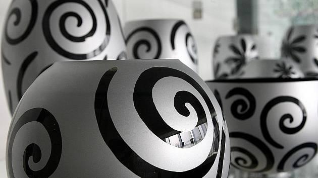 Vedení novoborského Crystalexu uvažuje o rozšíření výroby. Rozjet by se mělo pracoviště pro dekorování skla.