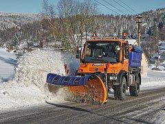 Krajští silničáři jsou připraveni na příchod zimního období a s ním spojené údržby komunikací.