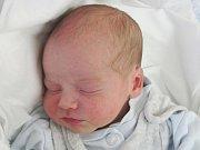 Mamince Pavle Maškové z Nového Boru se v pátek 21. října v 19:20 hodin narodil syn Sebastián Mašek. Měřil 48 cm a vážil 3,2 kg.
