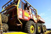 Soutěžní sezona otevřeného mistrovství ČR v Truck trialu pokračovala o víkendu ve Stráži pod Ralskem.