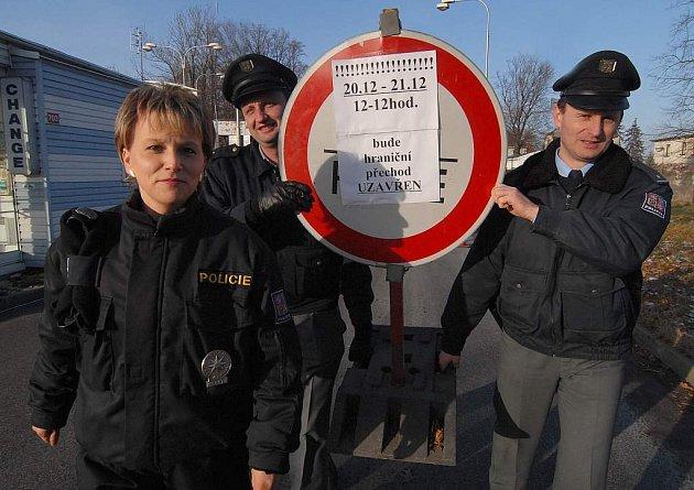 S otevřřením hranic přišlo o práci mnoho celníků