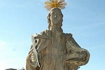 Svatá Apolena ještě se svými atributy.