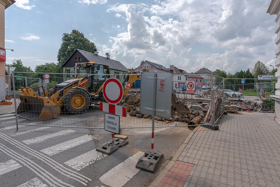 Stavba mostu v centru Nového Boru potrvá do listopadu.