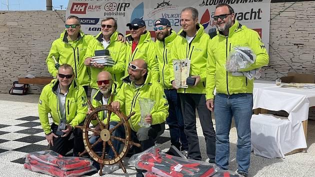 Jeden znejvětších a nejtěžších českých námořních závodů se konal od 11. do 16. dubna v Chorvatsku. Na start se postavilo 38 posádek zČeské republiky a Slovenska.