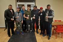 V  sobotu 22. února v tenisové hale v České Lípě zahájil spolek Tenisová rodina novou sezónu v pořádání turnajů pro rekreační hráče a hráčky.
