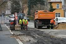 Wolkerovou ulicí neprojedete. Začala rekonstrukce vodovodu a kanalizace