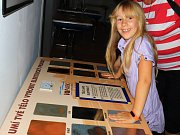 Výstavu Kdo si hraje, nezlobí na prázdniny připravilo Městské muzeum v Mimoni.