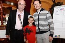 Tomáš Zikmund, hokejista lipských Predátorů se setkal se slavným Eliášem. Díky starostovi Kravař Vítu Vomáčkovi.