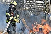Dobrovolný i profesionální hasič Tomáš Knobloch ze Zákup.
