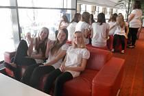 Bronz si přivezly dívky z koncertního oddělení Českolipského dětského sboru z mezinárodního Festivalu duchovní adventní a vánoční hudby Cantate Domino v Litvě.