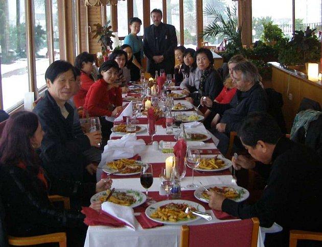 Korejská delegace v Novém Boru