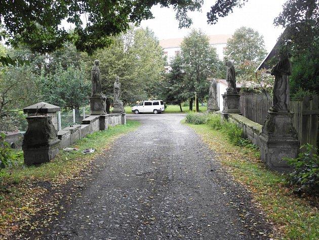 V Zákupech peníze použijí mimo jiné na dokončení opravy barokního mostu k bývalému Kapucínskému klášteru.