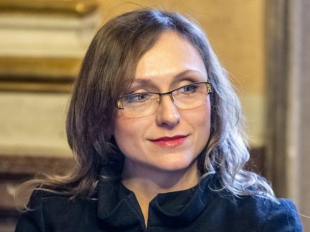 Sopranistka Olga Jelínková, rodačka z Nového Boru, je nominovaná na Cenu Thálie za hlavní roli ve Stravinského opeře Slavík.