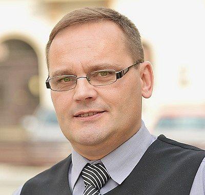 Tomáš Binder (ČSSD).