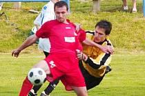 Po tomto jasném faulu hostujícího gólmana Mička na Bobeláka zvýšili domácí z penalty na 4:0.