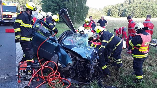 Nehoda u Jablonného v Podještědí.