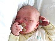 Rodičům Simone a Tomášovi Vítů z Mimoně se v neděli 22. dubna ve 12:49 hodin narodil syn Radek Vítů. Měřil 52 cm a vážil 4,02 kg.
