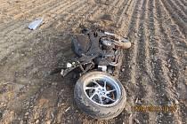 U dopravní nehody poblíž Sosnové zasahovaly dva vrtulníky. Policie nyní hledá jednoho ze svědků úterního karambolu.