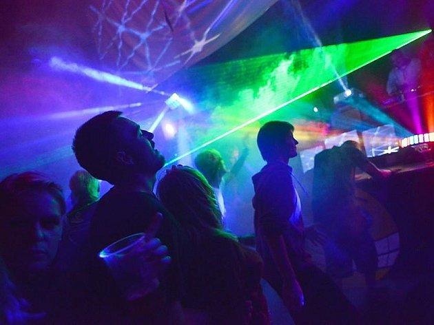 VBrništi proběhne ovíkendu 15. – 17.srpna třetí ročník festivalu Wonderland 2014.