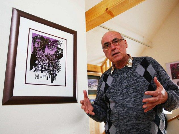 Výstava v českolipském Centru textilního tisku představuje grafiky a ilustrace Jiřího Matuly, které vznikly poté, co se přestěhoval na Českolipsko.