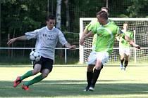 Staré Splavy a rezerva Doks teď tvoří jeden tým. Novou sezonu rozehrají v sobotu doma s béčkem Mšena.