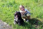 Fena křížence Bettynka, která je nyní v útulku v Dobranově, bude mít možná už brzy nový domov. Malá Silvinka společně se svojí maminkou uvažují, že by si ji adoptovaly.