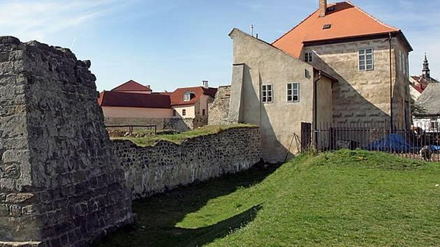Vodní hrad Lipý.