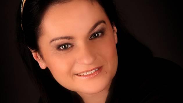 Anna Hlavenková je jednou znejvšestrannějších českých interpretek komorní a oratorní hudby.