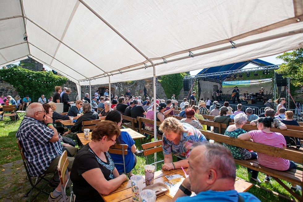 Pivní slavnosti na vodním hradu Lipý v České Lípě