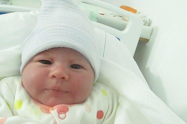 Rodičům  Veronice a Milanovi Roudnickým se v českolipské porodnici v úterý 16. března v 6:30 hodin narodila dcera Antonie. Měřila 52 cm a vážila 3,60 kg.