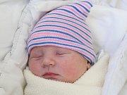 Rodičům Simoně Procházkové a Michalu Knesplovi z Nového Boru se v pondělí 9. dubna ve 14:20 hodin narodil syn Barnabáš Knespl. Měřil 51 cm a vážil 3,49 kg.