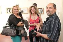 Fotograf Václav Zýval v Dubé uspořádal svou druhou samostatnou výstavu.