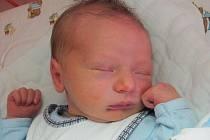 Mamince Janě Slávkové z Kamenického Šenova se 29. dubna v 11:52 hodin narodil syn Milan Slávka. Měřil 49 cm a vážil 3,71 kg.