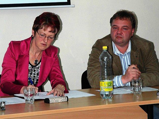 Druhé volební období stráví v čele města Dubá opět Zdeňka Šepsová (nez.). Post místostarosty obhájil i Tomáš Novák (SLK).