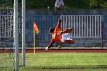 S porážkou 1:4 odjeli z Králova Dvora třetiligoví fotbalisté českolipského Arsenalu.