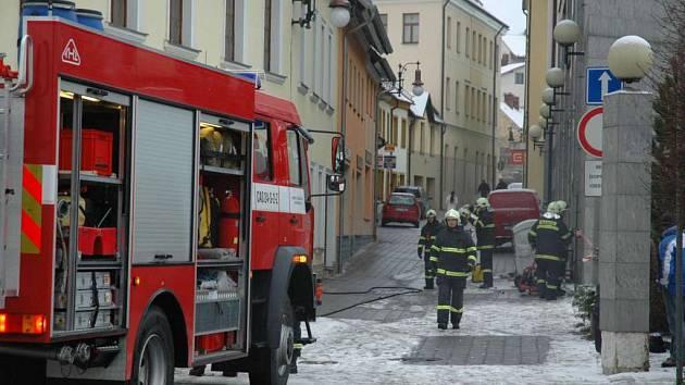 Zásah hasičů u hotelu Zlatý hrozen v České Lípě