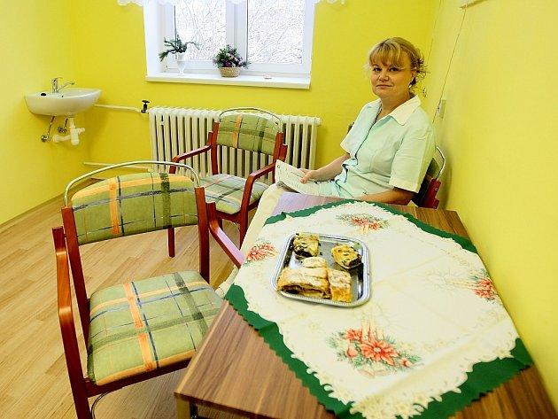 Klientů nakonec nebylo tolik, aby byl provoz domova pro seniory v Novém Boru pro soukromou firmu rentabilní.
