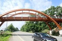Turistickou trasu Cesta k sousedům vybudoval Nový Bor ve spolupráci s německým Oybinem v letech 2009 až 2012.
