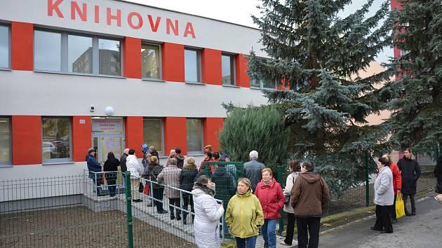 V České Lípě mohou senioři trávit volný čas třeba v opraveném komunitním centrum s knihovnou na sídlišti Špičák