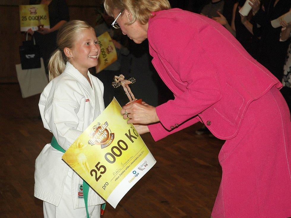 Zlatý oříšek Libereckého karje loni získala také karatistka Adéla Šinerová z Nového Boru.