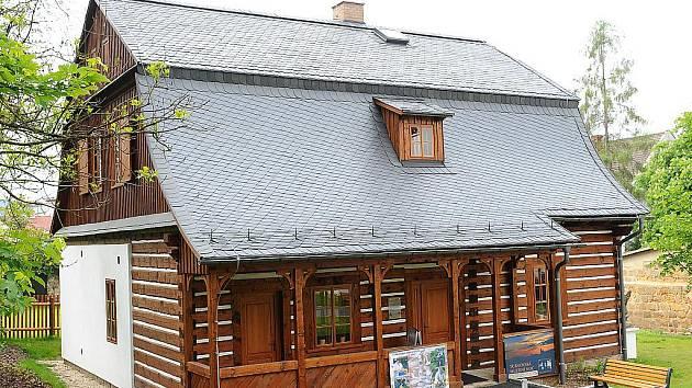 Kamenářský dům v Turnově - kandidát na Stavbu roku Libereckého kraje 2011.